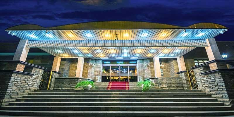 هتل بوعلی همدان جزو هتل های قدیمی و لوکس همدان